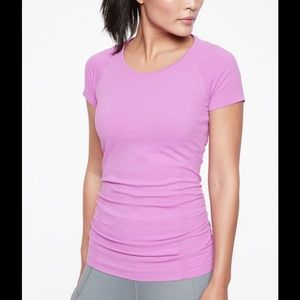 Athleta speedlight tee in violet blush